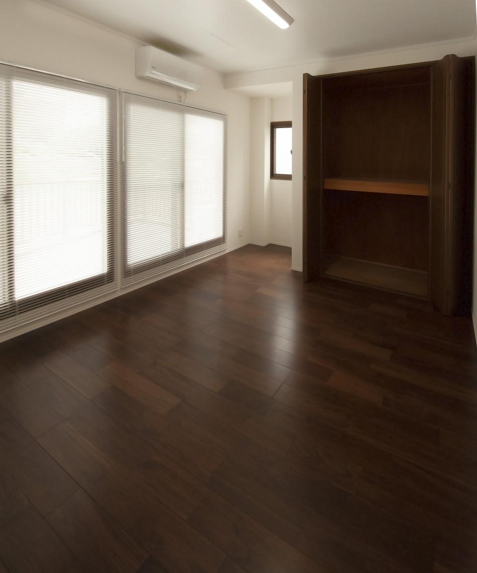 3.[洋室] 新築みたい!モダンなフローリングです!